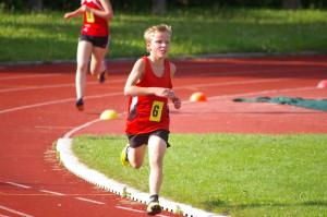 Unsere drei beim schnellen 2000m Lauf