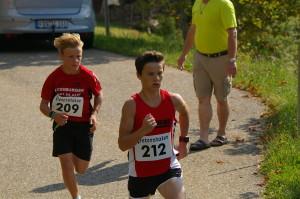Marcel und Kai nach 400m schon klar vorn